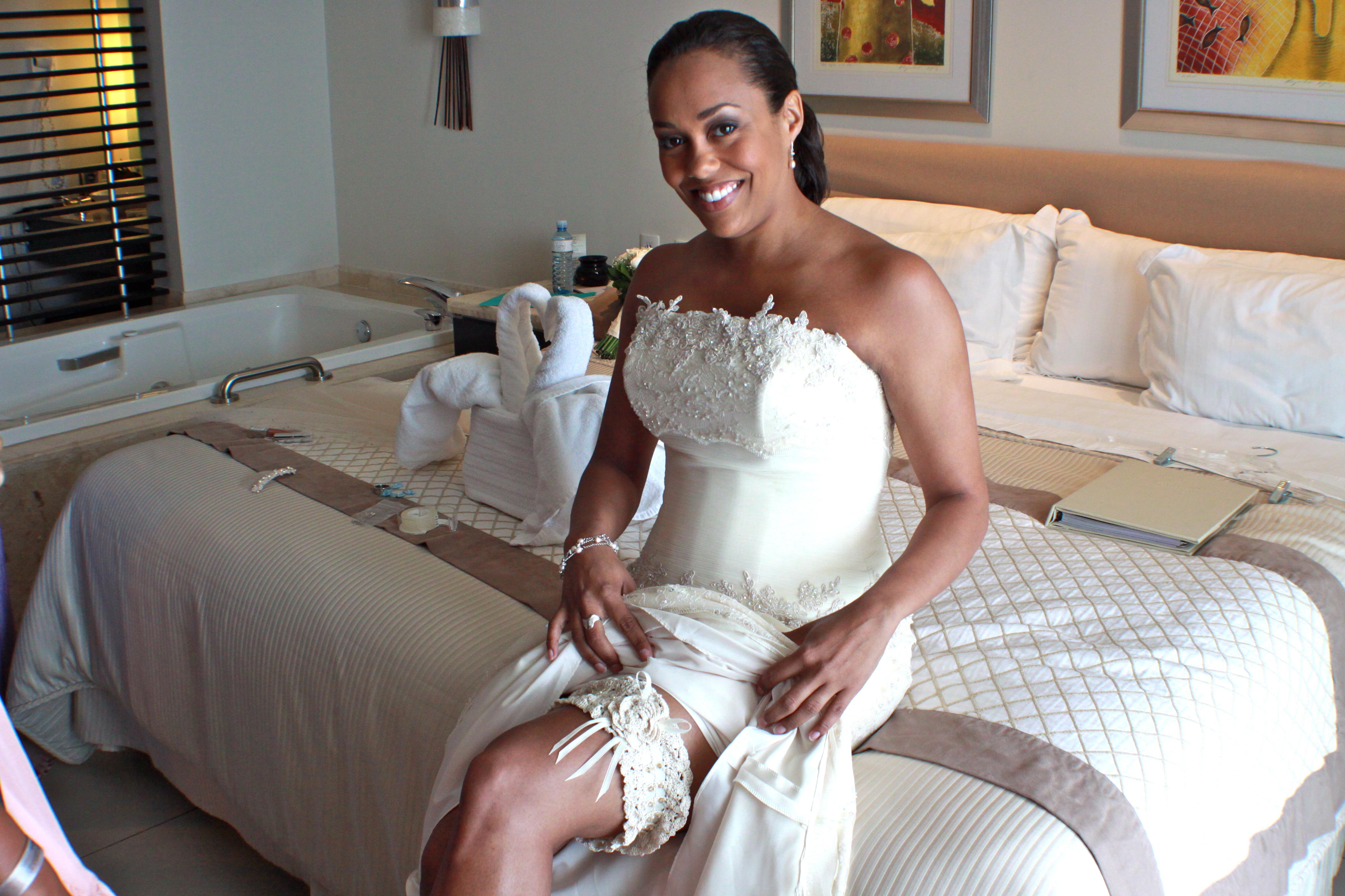 kelly wearing beautiful crochet wedding garter