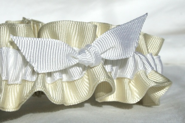 ivory and white eco-friendly wedding garters - juliane smith - style 403