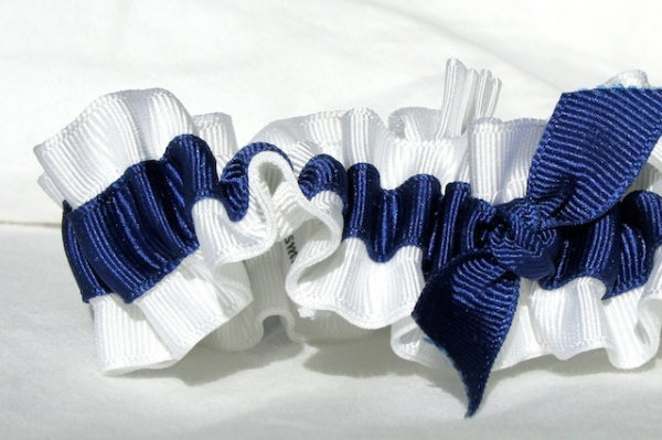 white and navy eco-friendly wedding garters - juliane smith - style 400