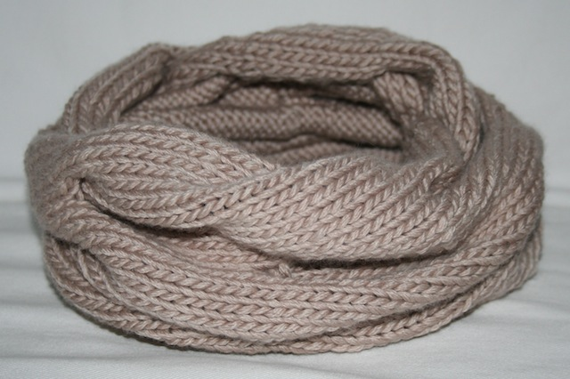 knitted cowl - julianne smith - view 3