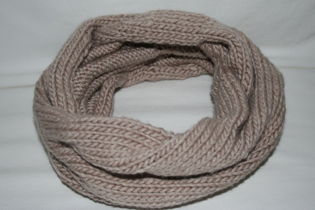 Knitting Pattern Cowl Scarf : free knitting pattern...burberry inspired cowl neck scarf - Stylish Wedding G...