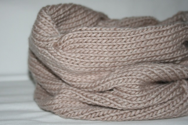 knitted cowl - julianne smith - view 9